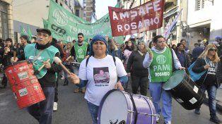 Marcha. El jueves pasado Amsafé Rosario se movilizó con ATE en reclamo de reapertura de las paritarias.