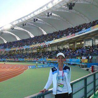 Trayectoria. La kinesióloga rosarina acompaña desde hace varios años al equipo argentino de atletismo en competencias internacionales.