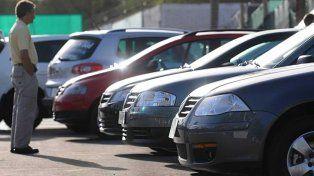 Las opciones de inversión: el blanqueo, los inmuebles y los autos