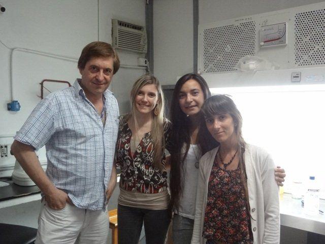 Investigadores. Parte del grupo de profesionales de la Facultad de Agronomía que lidera Daniel Salamone.