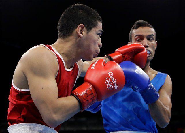 El boxeador argentino Melián superó al tunecino Mhmdi y pasó a cuartos de final