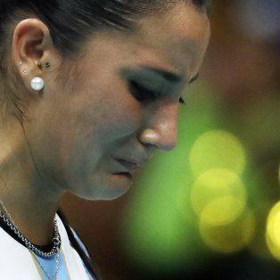 Yamila Nizetich no puede contener las lágrimas tras la derrota.