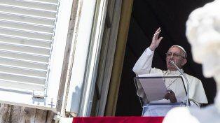 Francisco criticó el silencio vergonzoso del mundo por las masacres en el Congo