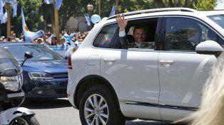 Tras los piedrazos en Mar del Plata, Macri comenzará a trasladarse en un auto blindado