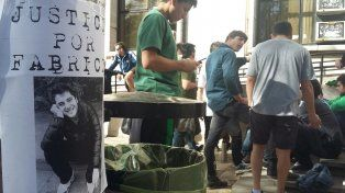Movilización para pedir justicia por el crimen del hincha de Newells Fabricio Zulatto