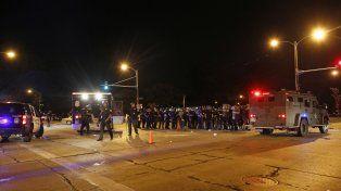 Declaran el toque de queda en Milwaukee tras dos noches de protestas violentas