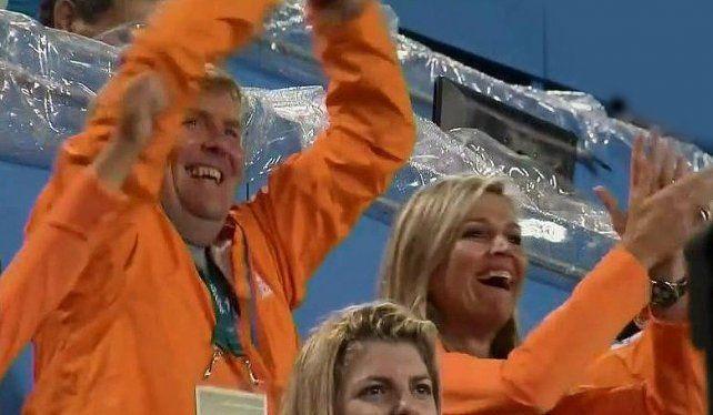 La reina Máxima siguió el partido de Las Leonas pero vibró y festejó por Holanda