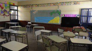 Los maestros respondieron con medidas de fuerza a la negativa del gobierno provincial a reabrir las paritarias.