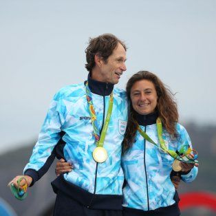 la rosarina carranza saroli y santiago lange lograron el oro para argentina en vela