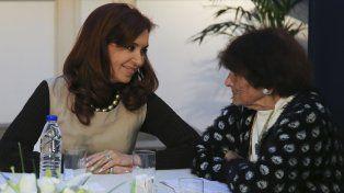 Fernández de Kirchner con Taty Almeida