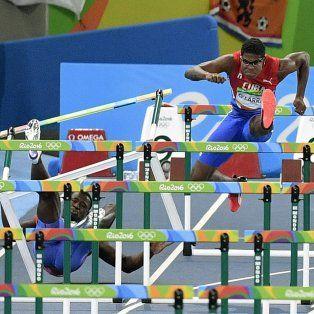 la peor caida de los juegos olimpicos de rio se dio 110 metros con vallas