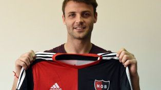 Sills firmó su contrato y aseguró que está preparado para jugar en un club grande como Newells
