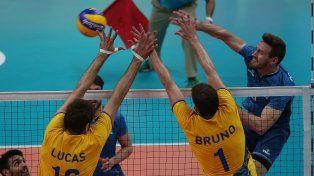 La selección argentina de vóley se quedó afuera de los Juegos tras caer con Brasil
