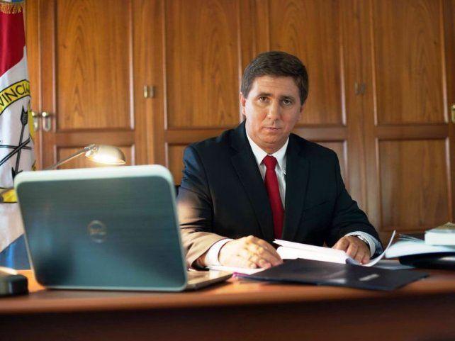 Pirola. El senador por Las Colonias.