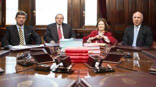 plenario. Los cuatro miembros de la Corte convalidaron la sentencia de la Cámara Federal de La Plata.