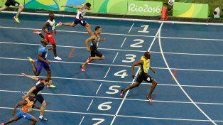 Bolt se llevó una nueva medalla de oro, esta vez en los 200 metros
