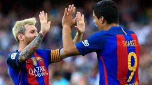 Messi y Suárez lideraron la goleada de Barcelona en el inicio de la Liga de España