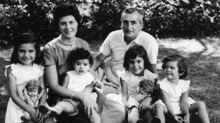 Retrato de familia. Héctor Oesterheld