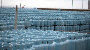 Insólito. Parte de las garrafas almacenadas por Enargas.