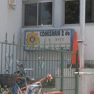 ataque a balazos en la comisaria 2ª de capitan bermudez: buscan a los autores del hecho