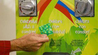 Las máquinas de preservativos en la Villa Olímpica en Río de Janeiro.