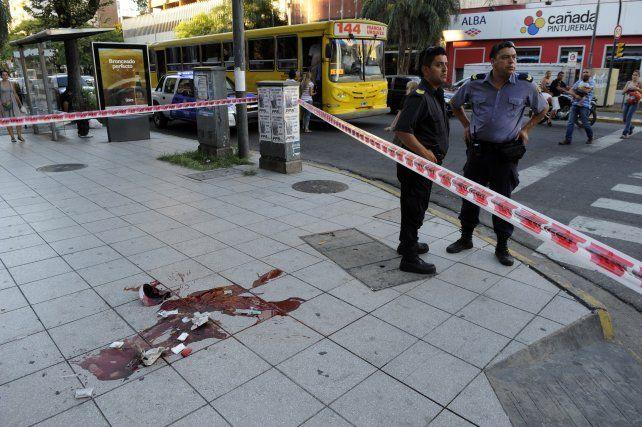 Corrientes y Pellegrini. Maximiliano Rodríguez fue asesinado a quemarropa la tarde del 5 de febrero de 2013.