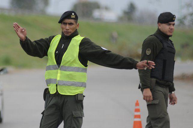 En las calles. En la actualidad hay 400 efectivos federales en Rosario. La provincia pidió más agentes.