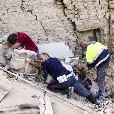 los videos del terremoto que ha sacudido y devastado a la region centro de italia