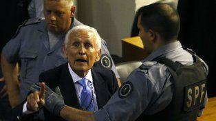 El gobierno pedirá la anulación de prisión domiciliaria al represor Miguel Etchecolatz.