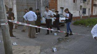 Los asaltantes se dieron a la fuga con 50 mil pesos en efectivo en su poder. (Foto: Marcelo Bustamante)