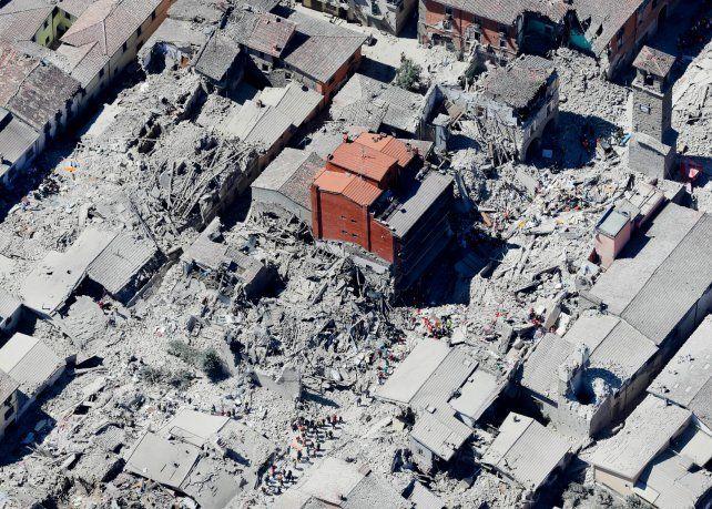 Una vista aérea de los destrozos en Amatrice.