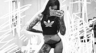 Cande Tinelli publicó una foto caliente y además mostró su nuevo tatuaje en Instagram