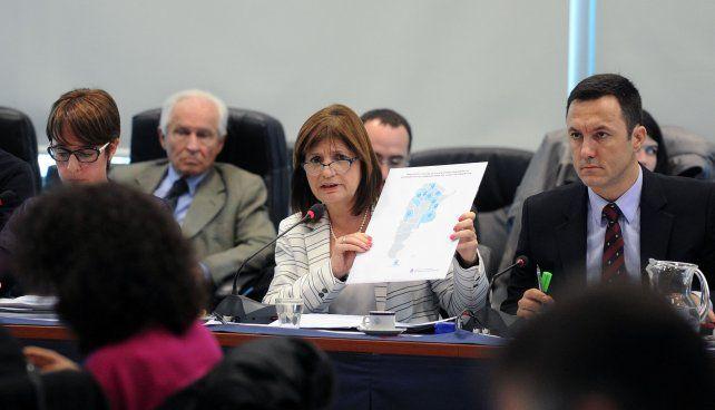 Bullrich se reunirá el martes con las autoridades de la provincia de Santa Fe para explicarles el plan de seguridad del gobierno en la provincia.