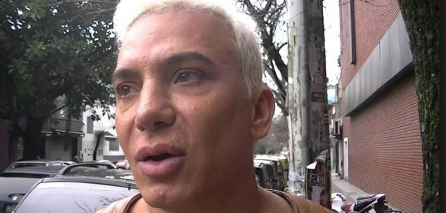 Filmaron a Flavio Mendoza cuando atacaba a golpes a un empleado de un estacionamiento