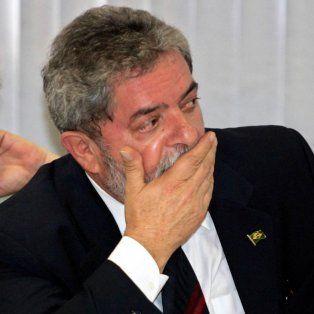 Inculpados. Lula y su esposa están en la mira por las costosas reformas de una vivienda en un balneario paulista.