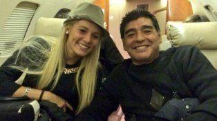 Rocío Oliva podría estar embarazada y Maradona sería padre por sexta vez