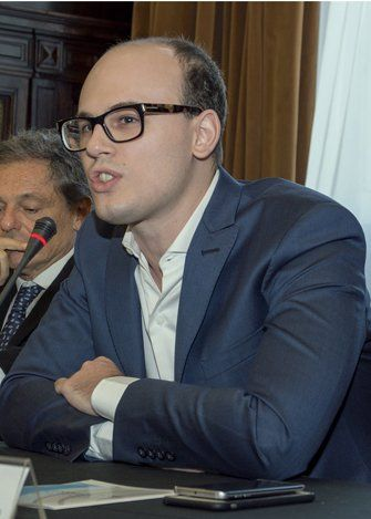 Boeninger: Con esta política, queremos darle voz y voto al territorio
