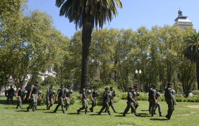 A paso redoblado. El desembarco de los gendarmes en Rosario se terminará de pulir el martes