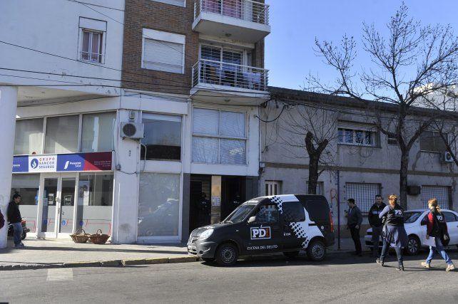 Soza Bernard fue buscado en su domicilio de Vera Mujica al 700