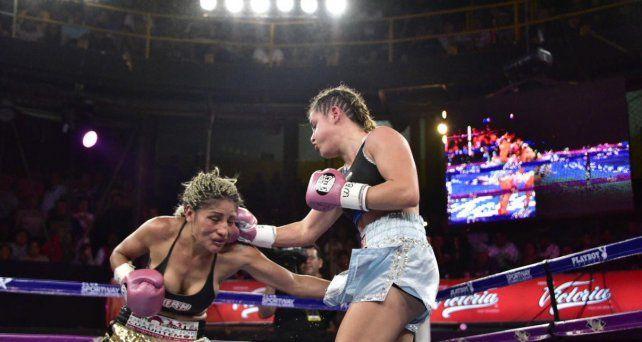 La Bonita Bermúdez derrotó a la mexicana Juárez y ganó el derecho a disputar el título mundial