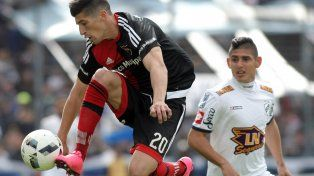 Newells, con uno menos por la expulsión de Mateo, empata sin goles frente a Quilmes