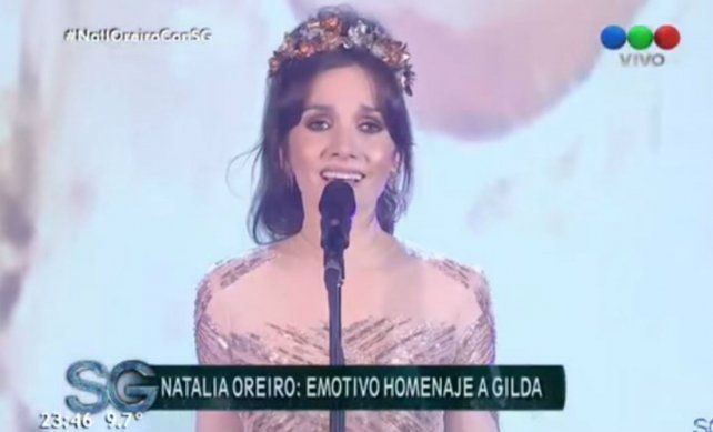 Se me ha perdido un corazón, cantó Natalia Oreiro en un imperdible show al ritmo de Gilda