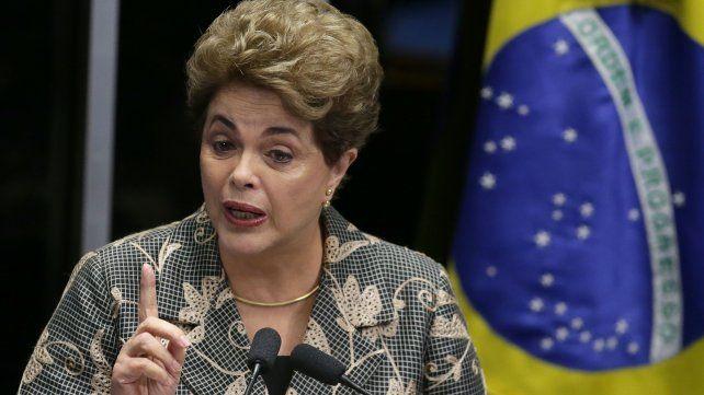 Dilma se defiende: Lo que está en juego no es apenas mi mandato, sino el respeto a las urnas