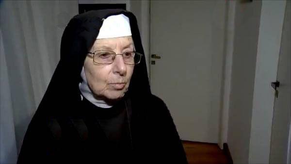 Una junta médica determinó que la madre Alba no puede ser juzgada por los millones de López