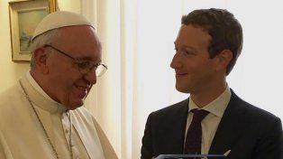 El papa Francisco se reunió con Mark Zuckerberg para hablar de iniciativas para combatir la pobreza
