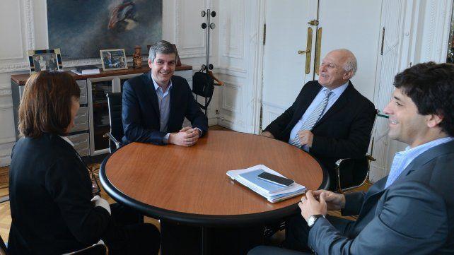 El gobernador Lifschitz se reunió con Peña en la Casa Rosada.