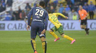 Teo Gutiérrez jugará para Colombia pese a que pidió el cambio ante Defensa y Justicia