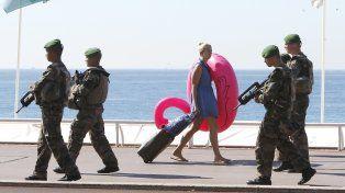 Paz armada. Niza se militarizó luego del atentado islamista del 14 de julio.