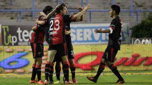 Feliz en La Feliz. Colón ganó con los goles deFederico León