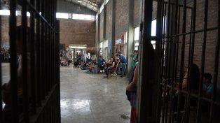 No permiten inhibidores telefónicos en cárceles